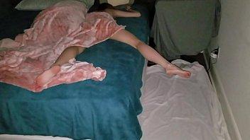 porno carioca fodendo a namorada safadinha enquanto ela dorme