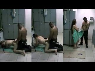mulher transando muito dentro do vestiário foi filmada sem perceber