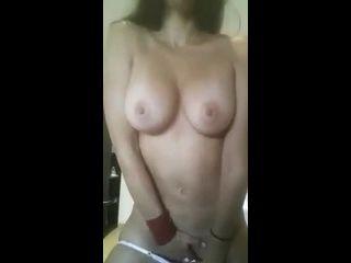 redtube coroas gostosa safadinha mostrando cu e buceta em vídeo