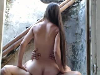 videos de sexo com irma magrinha que quicou na rola com tesão