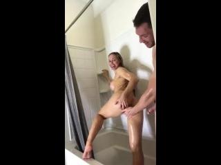 xvideos advogada transando com malandro dentro banheiro