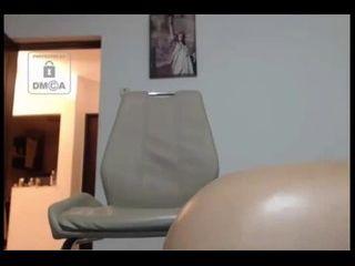 porrno doido japonesa rabuda masturbando a buceta com vibrador