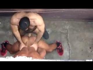 sexo gay redtube homens bombados da academia fodendo no beco
