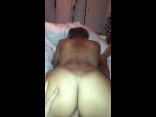 gostoa loira fazendo sexo maravilhoso sem usar camisinha