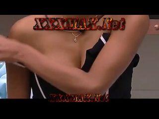 muie pelada atriz do Big Brother Brasil mostrando os peitos ao vivo