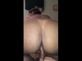 sexo mulher pelada da raba grande sentando no pau toda arrebitada