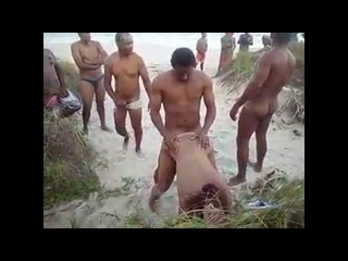 ruiva gostosa fudendo na orgia com fila de homens pra foder ela